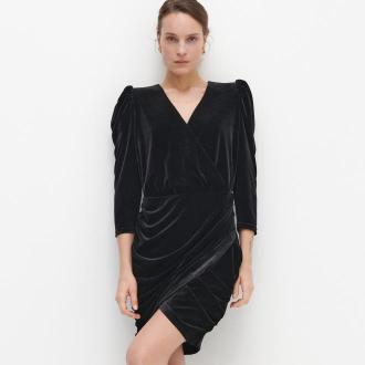 Reserved - Welurowa sukienka z dekoltem - Czarny