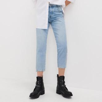 Sinsay - Spodnie jeansowe mom jeans - Niebieski