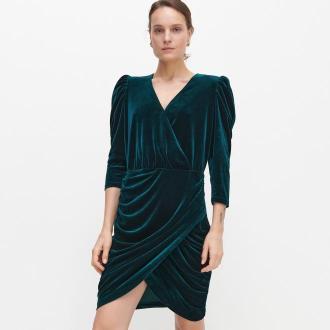 Reserved - Welurowa sukienka z dekoltem - Turkusowy