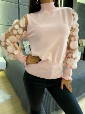 Pudrowy Sweterek z Ozdobnymi Rękawami 5282-13-D