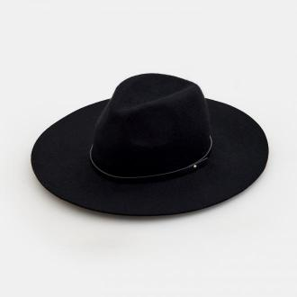 Mohito - Wełniany kapelusz z dekoracyjnym paskiem - Czarny
