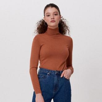 Cropp - Gładki sweter z golfem - Beżowy