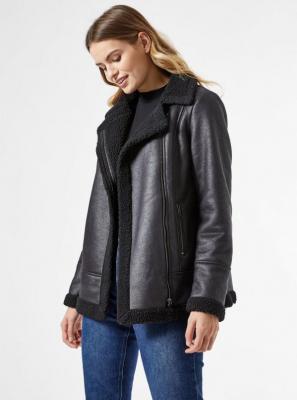 Czarna kurtka zimowa ze sztucznym futrem Dorothy Perkins - S