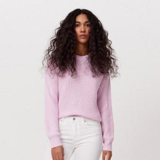 Cropp - Sweter o drobnym splocie - Różowy