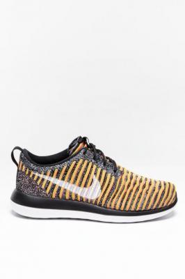 Buty Nike W Roshe Two Flyknit 005
