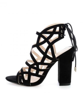 Czarne sandały na słupku CASORIA
