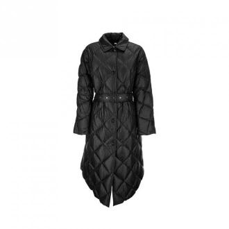 Burberry Diamond quilted coat in nylon canvas Mablethorpe Kurtki