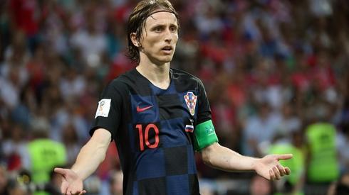 Luka Modrić we wczorajszym meczu z Rosją (fot. AFP)