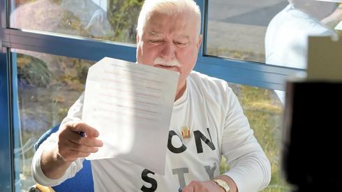 W Gdańsku swój głos oddał Lech Wałęsa (Fot. Roman Jocher/PAP)