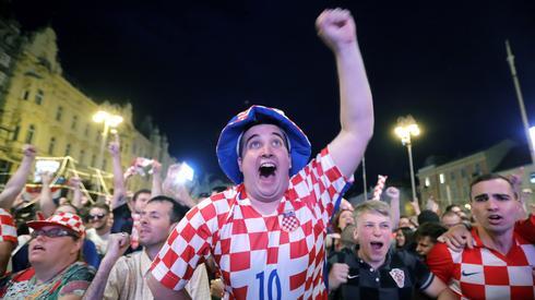 Chorwacja wygrała na inaugurację mundialu z Nigerią, a po końcowym gwizdku cały Zagrzeb oszalał (fot. PAP/EPA)