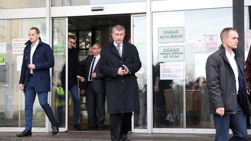 Premier Czech Andrej Babisz w kopalni w Karwinie/ fot. Andrzej Grygiel, PAP