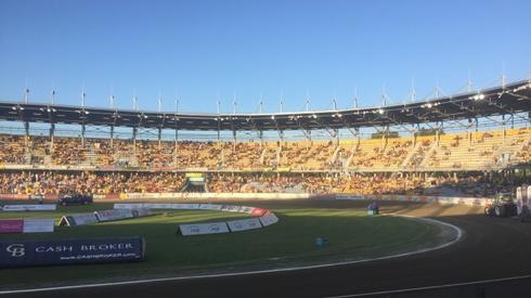 Na gorzowskim stadionie coraz więcej kibiców