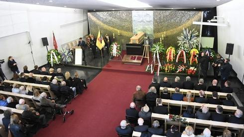 Pogrzeb Karola Modzelewskiego (fot. Radek Pietruszka/PAP)