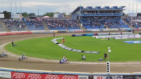 Pewna wygrana Emila Sajfutdinowa w pierwszym wyścigu
