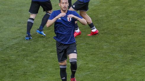 Jutro zostanie rozegrany także drugi mecz naszej grupy: Kolumbia - Japonia. Japończycy są już po treningu na stadionie w Sarańsku - na zdjęciu Shinji Okazaki (fot. PAP/EPA)