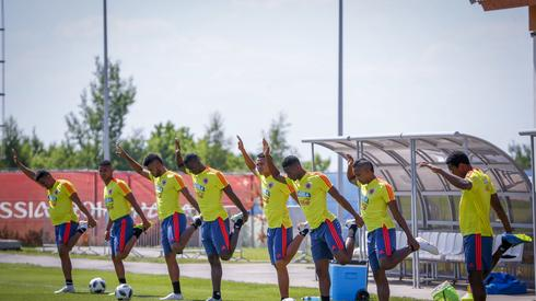 Reprezentanci Kolumbii nie mieli dużo czasu na odpoczynek i już dzień po pokonaniu Senegalu rozpoczęli przygotowania do meczu 1/8 finału przeciwko Anglii, który zagrają we wtorek o godzinie 20 w Moskwie (fot. PAP/EPA)