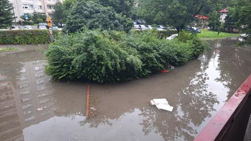 Podtopienia po burzy w Krakowie