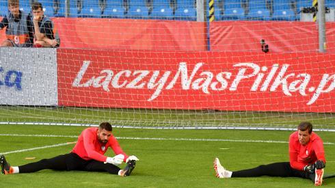Polscy bramkarze podczas treningu reprezentacji. PAP/Jakub Karczmarczyk