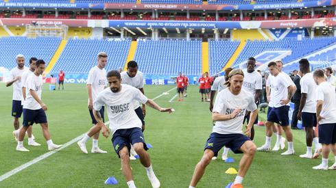 Trening Szwajcarów w Rostowie przed meczem z Brazylią (fot. PAP/EPA)