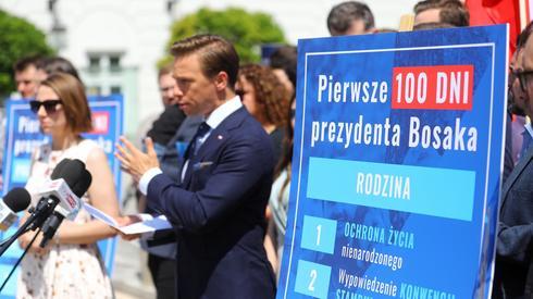 Krzysztof Bosak w Warszawie / fot. Rafał Guz, PAP