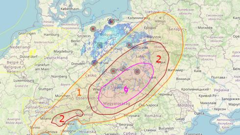 IMGW ostrzegało przed trąbami powietrznymi w południowo-wschodniej Polsce. Serwis radar-opadow.pl wskazuje, że zagrożonym regionem jest przede wszystkim Podkarpacie.