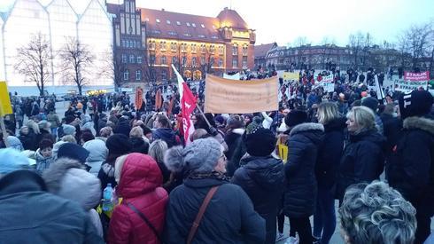 Pikieta poparcia dla nauczycieli w Szczecinie.