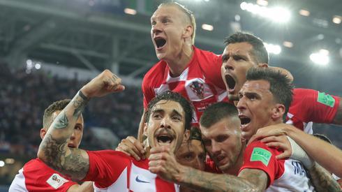 Tak Chorwaci celebrowali w Kaliningradzie swoje pierwsze mundialowe zwycięstwo (fot. PAP/EPA)