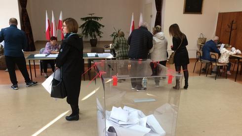 Obwodowa Komisja Wyborcza nr 79 w Kielcach (Fot. Piotr Rogoziński/Onet)
