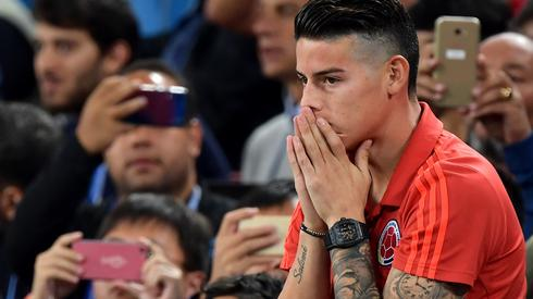 Ze względu na uraz James Rodriguez nie mógł wczoraj pomóc kolegom w meczu z Anglią i Kolumbia pożegnała się z mundialem (fot. PAP/EPA)
