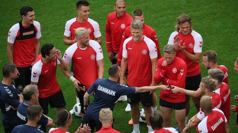 Duńczycy mundial rozpoczęli od pokonania Peru, więc w meczu z Australią mogą już sobie zapewnić wyjście z grupy (fot. PAP/EPA)