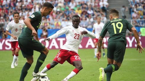 Wciąż czekamy na ostateczne rozstrzygnięcia w meczu Dania - Australia (fot. PAP/EPA)