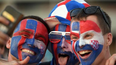 Islandczycy już gotowi do meczu! (fot. AFP)