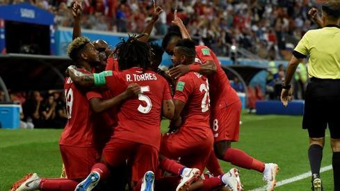 Panamczycy nie ukrywali gigantycznej radości z gola (fot. AFP)