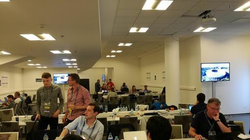 A tak prezentuje się strefa pracy dziennikarzy, w której jest już nasz wysłannik, Dariusz Faron.
