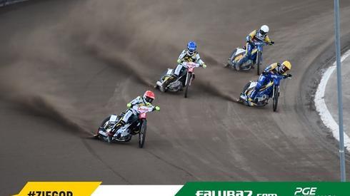 Świetna jazda Martina Vaculika w czwartym wyścigu! fot. falubaz.com