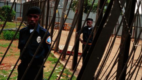Zdjęcie: David Butow/Corbis via Getty Images - ochrona przed miejscami ataków w Tanzanii