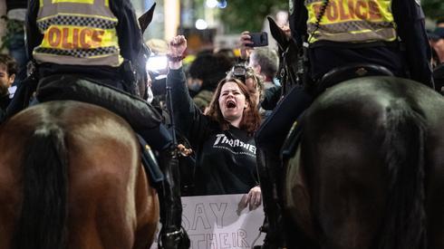 Protesty wz. ze śmiercią George'a Floyda odbywają się też w innych krajach. Demonstracja w Sydney / fot. JAMES GOURLEY, PAP