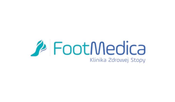 Zabieg oczyszczania zmienionych chorobowo paznokci
