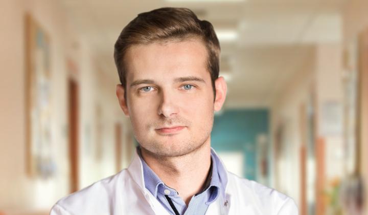 Nadmierne wypadanie włosów - konsultacja z Arturem Kierachem