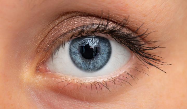 Korekcja opadającej powieki górnej - zabieg okuloplastyczny