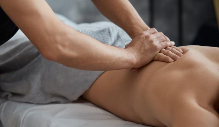 Masaż leczniczy - zabieg rehabilitacyjny