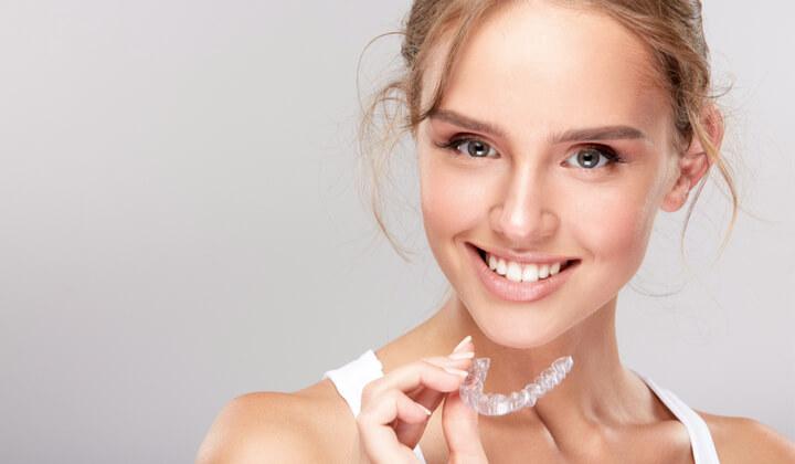 Wybielanie nakładkowe zębów