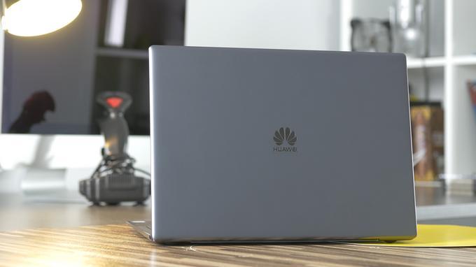 Huawei Matebook X pro tył
