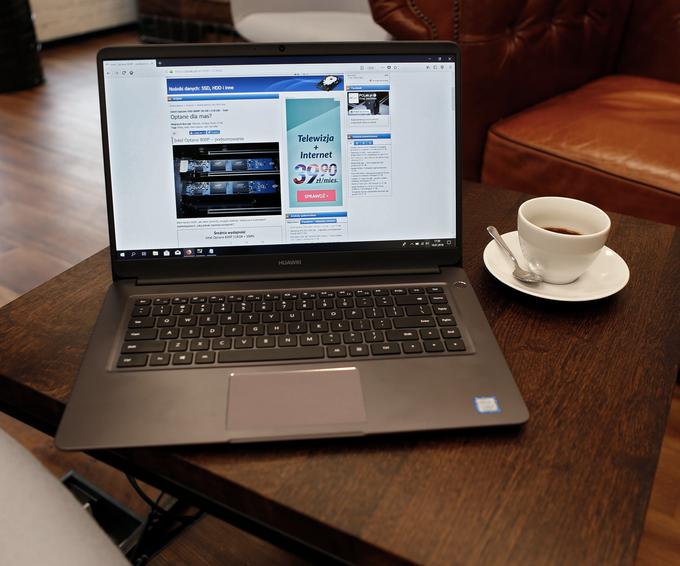 Ekran laptopa za około 2500 zł