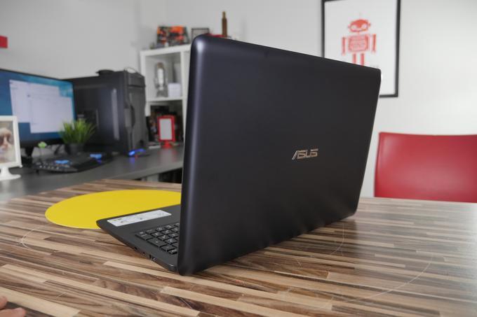 ASUS E502NA-GO010T