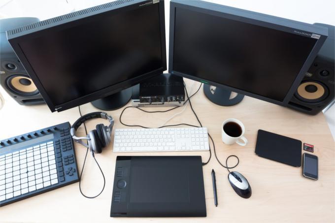 Tablet graficzny z monitorami