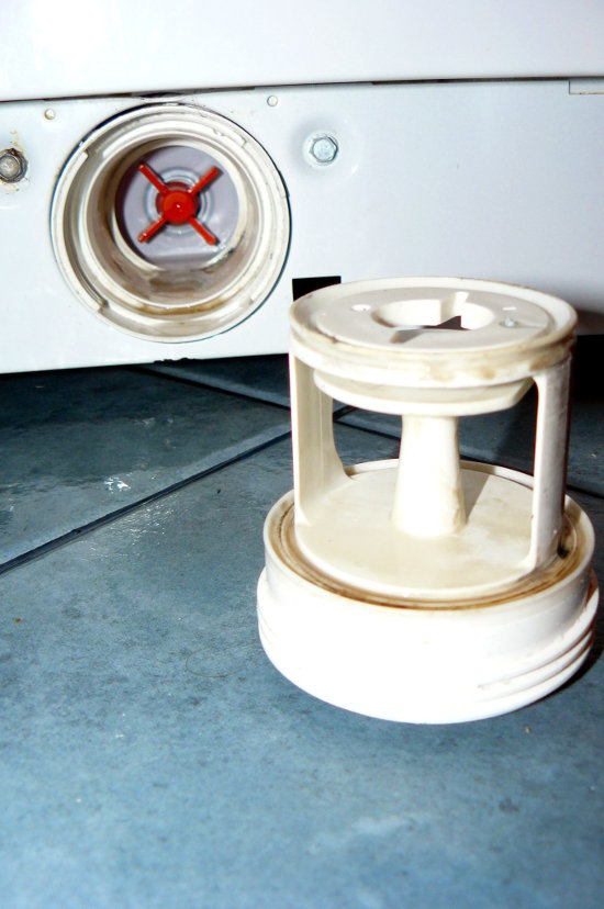 Co robić kiedy pralka nie wiruje i nie wypuszcza wody