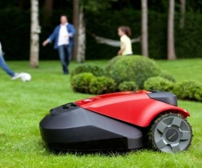 robomow osi gn zwyci stwo nad trawnikiem. Black Bedroom Furniture Sets. Home Design Ideas
