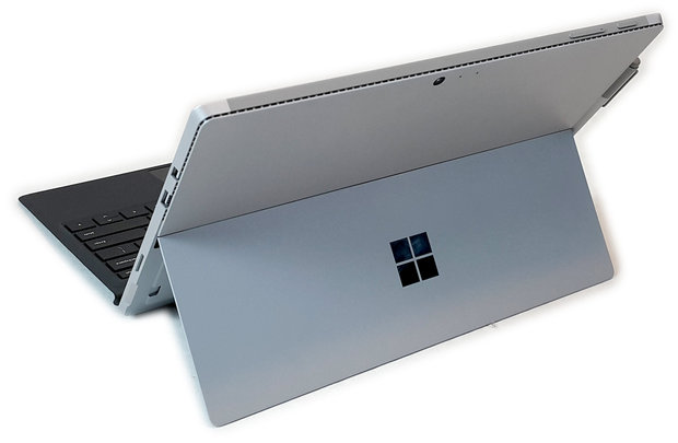 surface4-tyl