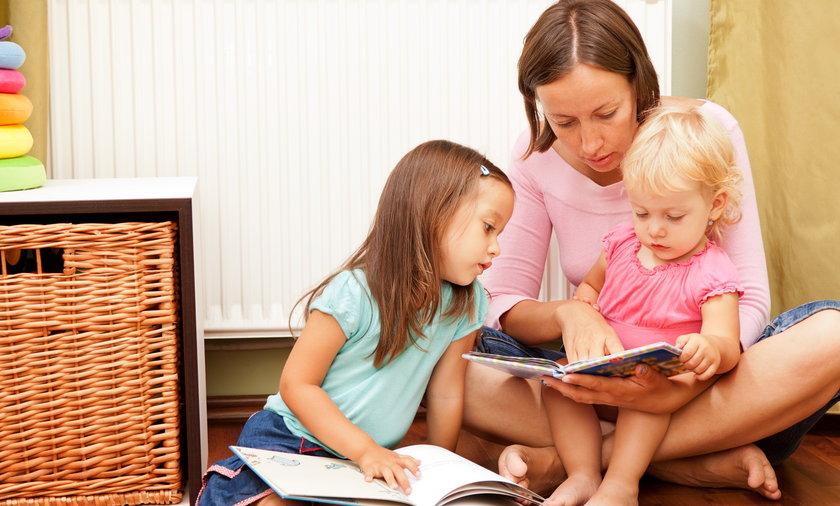 matka, dzieci, rodzina, czytanie